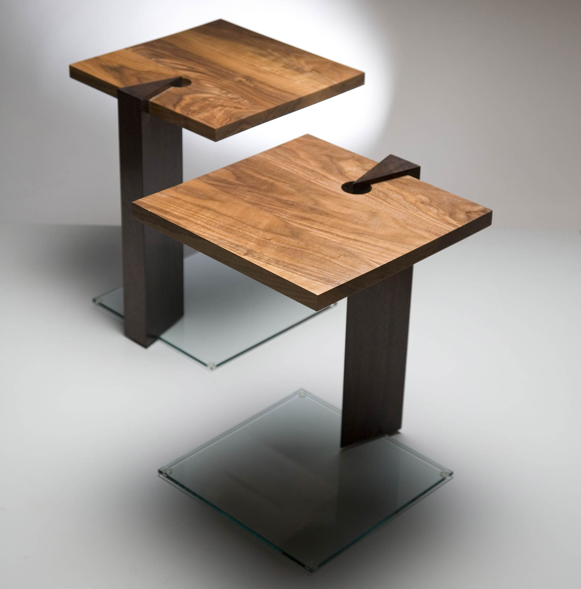 Occasional table in solid wood glass makers 39 eye for Occasional tables