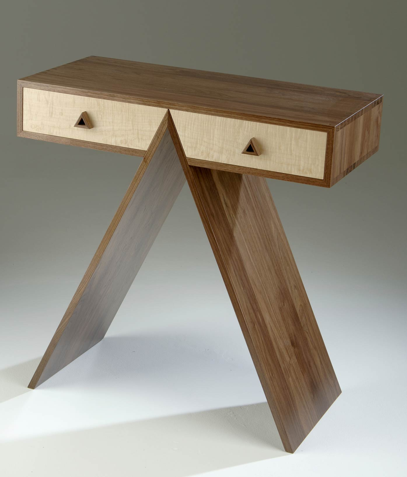 Console Table In Walnut Amp Maple Makers Eye